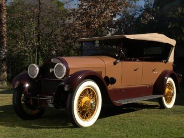 Cadillac-V63-Phaeton-7-pasajeros-1924