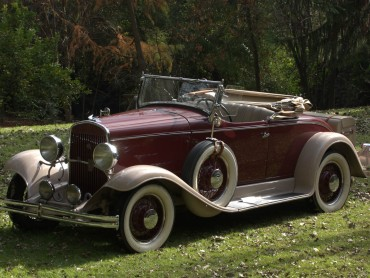Chrysler-70-Roadster-1930
