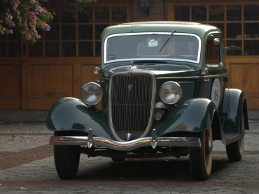 Ford-Coupe-3-ventanas-1934