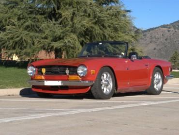Triumph-TR6-1971