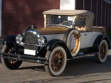 Willys-Overland-Whippet-Colegiate-Roadster-96-1927